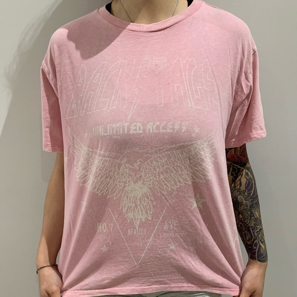 FOREVER 21 GRAPHIC T SHIRT
